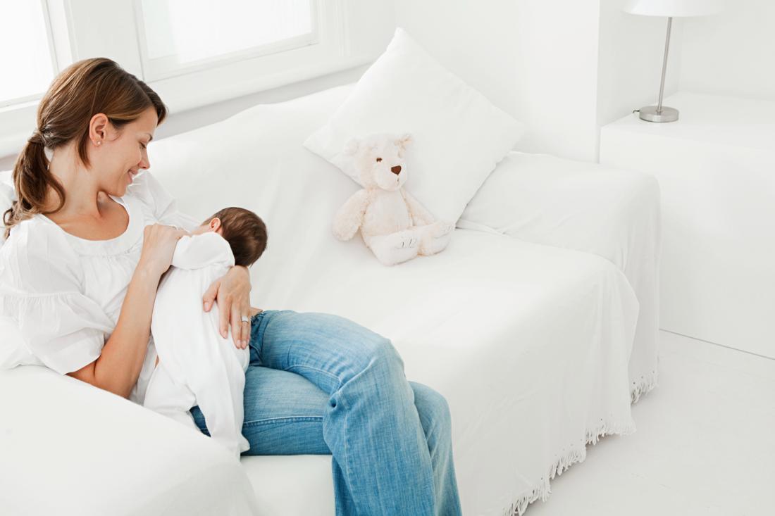 5 Manfaat Menyusui Bagi Ibu dan Bayi