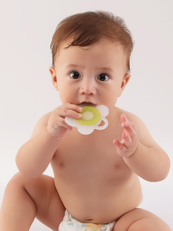one gallery picture for Mombella Flower Fruit Teether Mainan Gigitan Bayi - Mangosteen