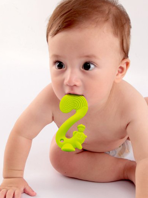 one gallery picture for Mombella Squirrel Soothing Teether Mainan Gigitan Bayi - Red