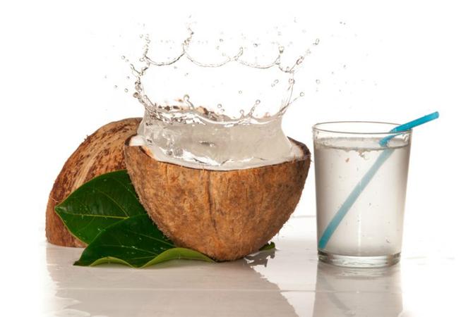 Manfaat Air Kelapa Untuk Kehamilan