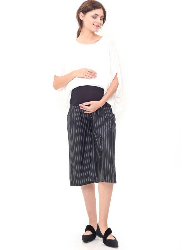 one gallery picture for MOOIMOM Maternity Under The Bump Crepe Culottes in Stripe Celana Pendek Ibu Hamil