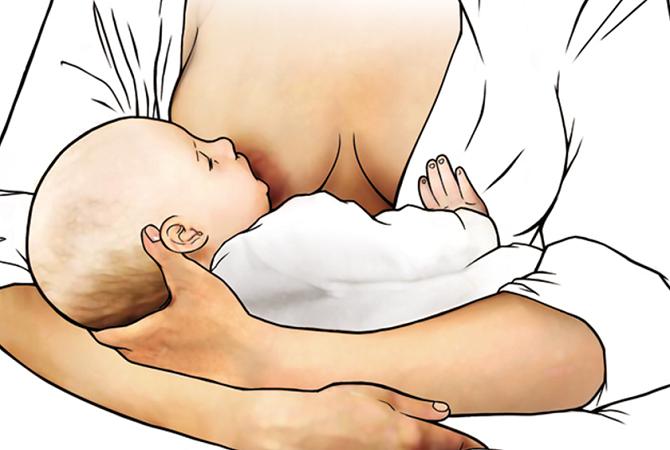 Perlengkapan Menyusui Yang Wajib Moms Miliki