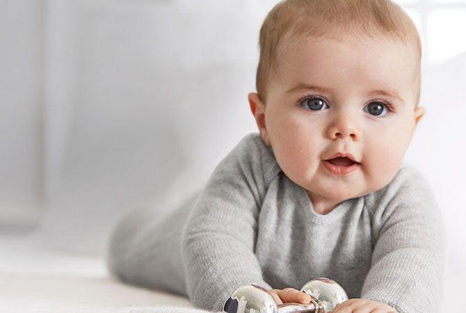 Kulit Bayi yang Sensitif Perlu Perawatan Special!