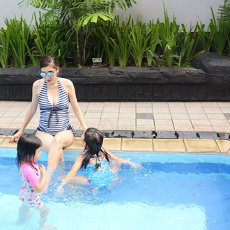 Super Cute Maternity Swimwear