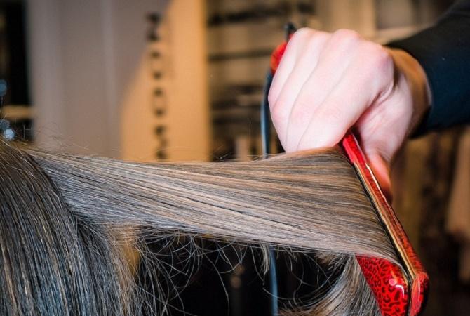 Bahaya Smoothing Rambut Saat Hamil
