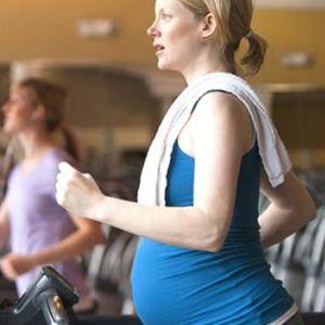 5 Olahraga Ini Tak Disarankan untuk Ibu Hamil