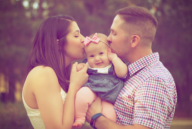 Si Kecil mirip Mom atau Dad ya?