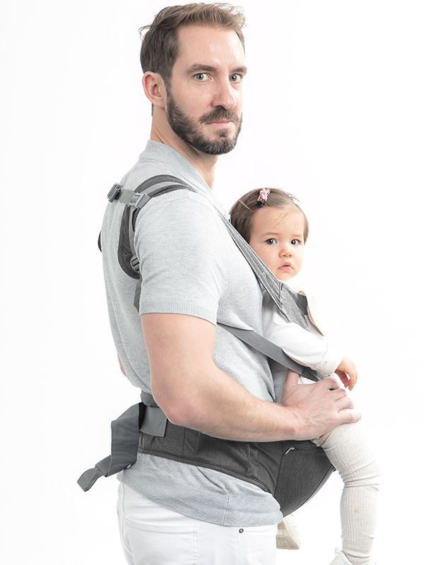one gallery picture for MOOIMOM Breathable Hipseat Carrier