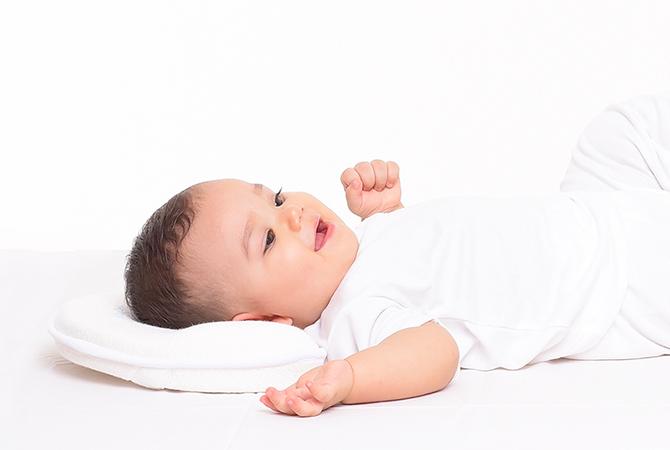 Waktu yang Tepat Menggunakan Bantal Bayi