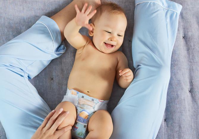 6 Arti warna feses pada bayi