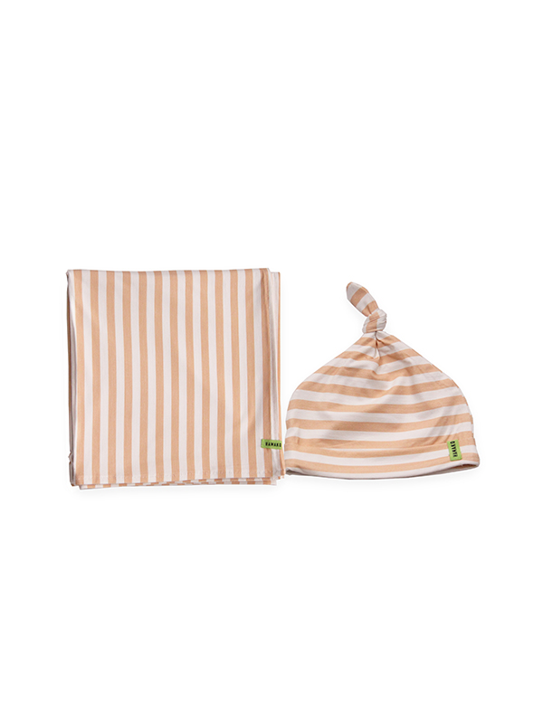 one gallery picture for HAMAKO Set Topi & Selimut Bayi Knot Beanie & Blanket