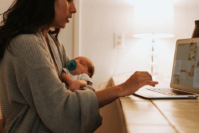 Langkah Memisahkan Bayi dari Empeng