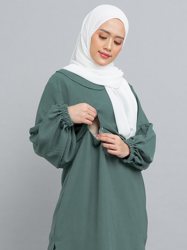 one gallery picture for MOOIMOM Gamis with Pleats & Peter Pan Collar Tosca