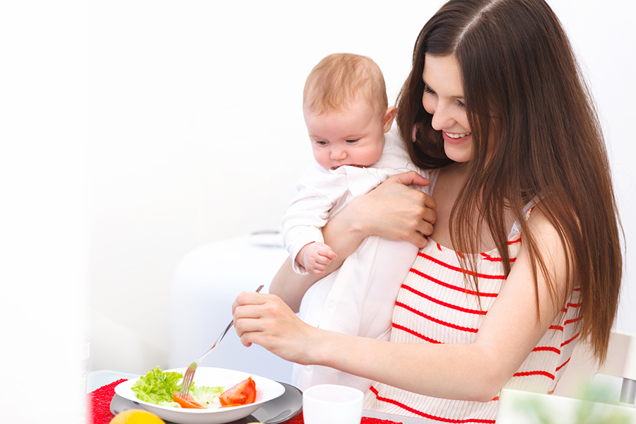 Diet Saat Menyusui, Amankah untuk Kesehatan?