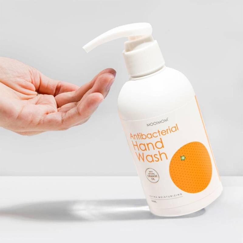 one gallery picture for [OH MY ORANGE] Natural Antibacterial Hand Wash 300 ml - Sabun Cuci Tangan