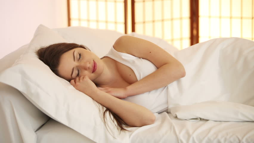 Mengatasi Insomnia Pasca Melahirkan