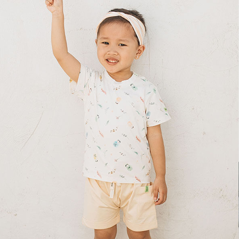 one gallery picture for [HAMAKO] Unisex Top and Short