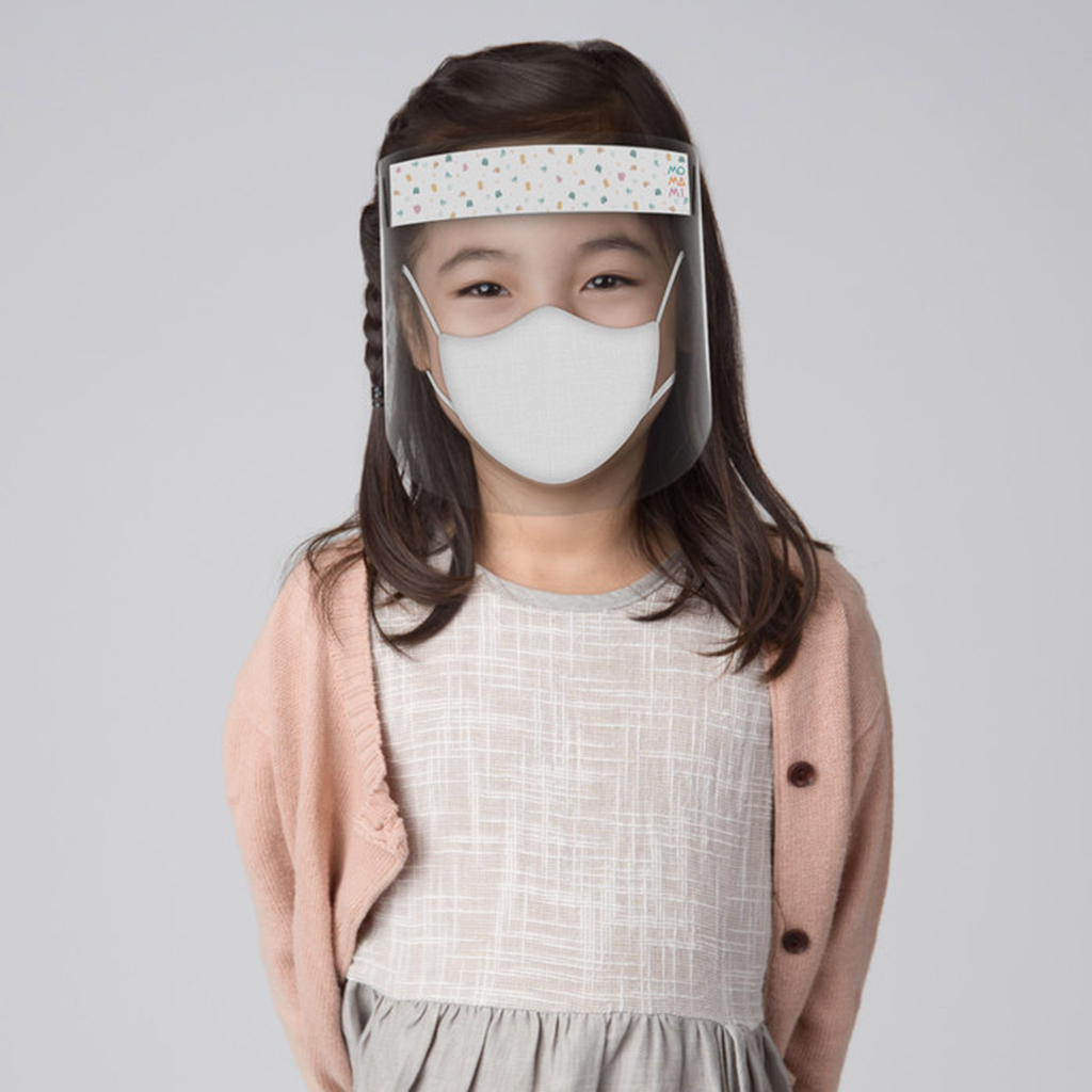 one gallery picture for [MOMAMI] Face Shield For Kids