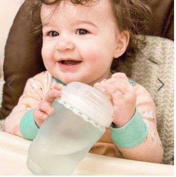 Moms, Perhatikan 5 Hal Ini Saat Membeli Botol Susu Bayi yang Tepat!