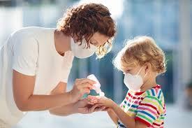 5 Cara Kenali Pemakaian Hand Sanitizer yang Efektif Untuk Anak