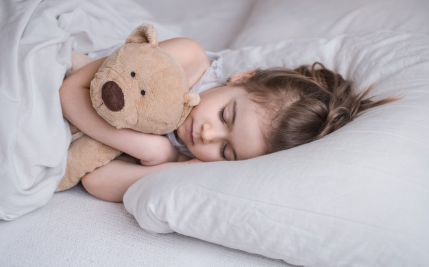 Bingung Melatih Tidur Balita Anda? Simak Cara Berikut ini!