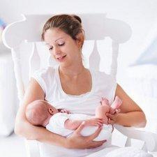 7 Hal yang Bisa Moms Lakukan Saat Sedang Menyusui!
