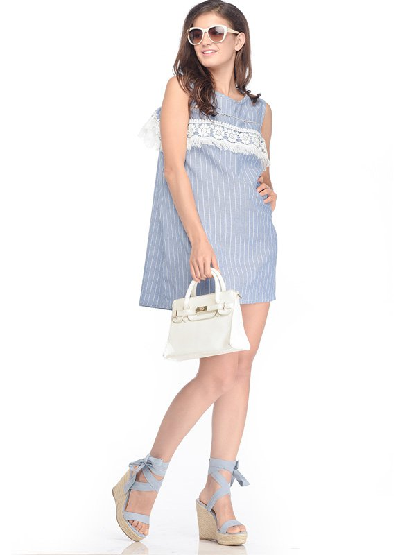 Maternity & Nursing Dress in Lace with Cold Shoulder in Rib