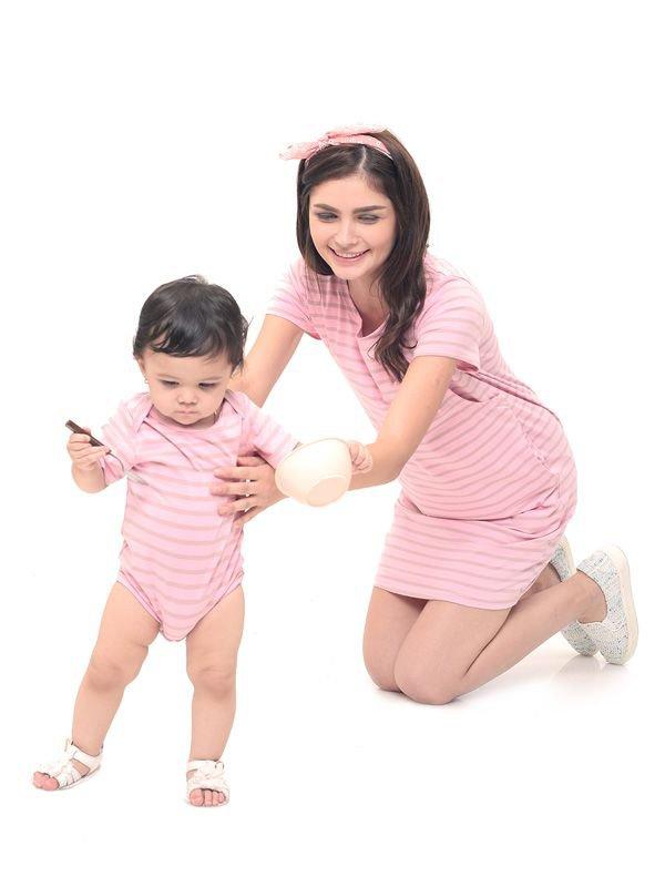 Comfort Stripe Nursing T-Shirts Dress Couple Set Baju Hamil Menyusui Couple Ibu Anak