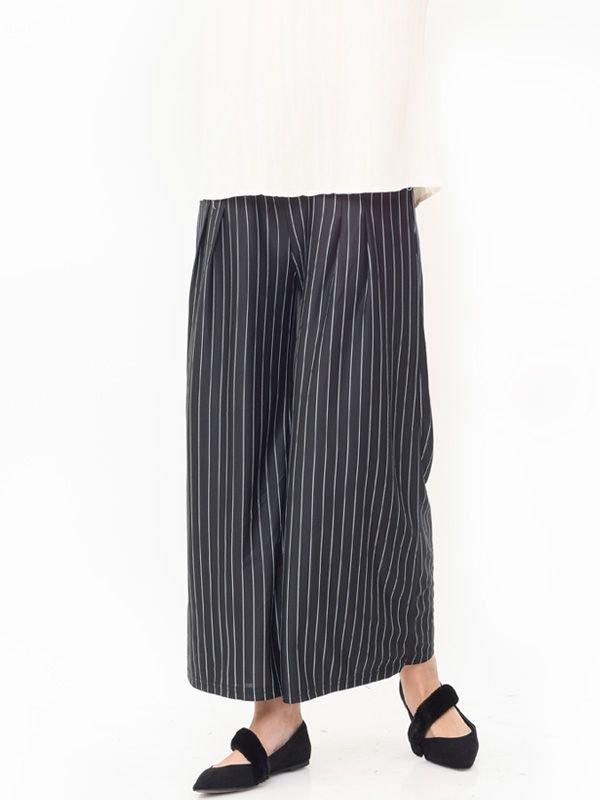 Maternity Pinstripe Wide Leg Trouser Celana Pendek Ibu Hamil