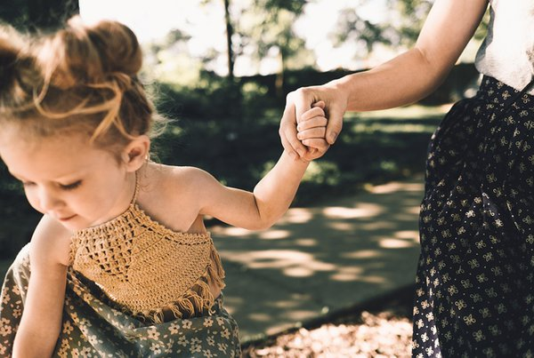 3 Kata yang Harus Dihindari Ketika Berbicara kepada Si Kecil