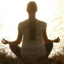 Atasi Stress Bumil dengan Meditasi