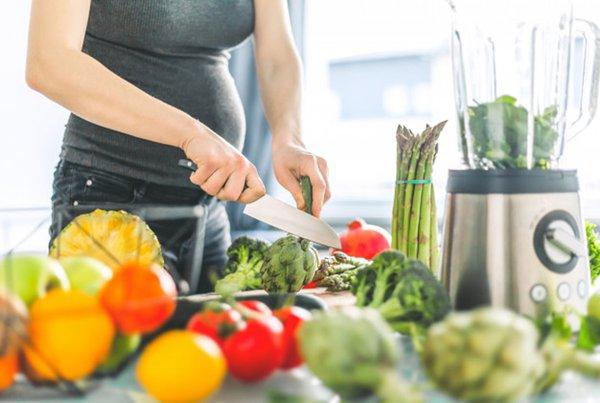 Tips Menambah Berat Janin Melalui Pola Makan Ibu Hamil