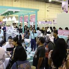 Ini dia suasana booth MOOIMOM di Mother and Baby Fair 2019. Apakah Moms ada di sini?