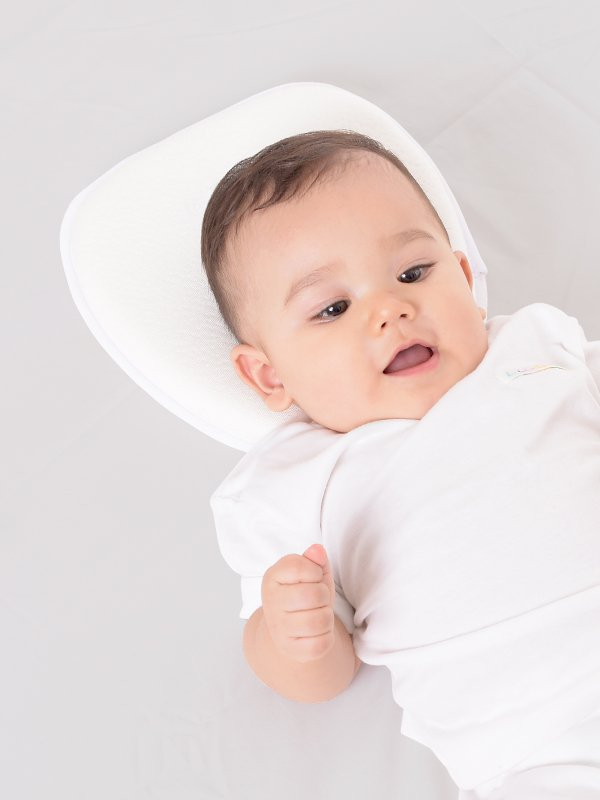 MOOIMOM Head Shaping pillow - Bantal Bayi