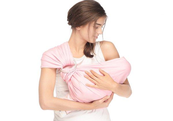 Moms ini 9 Manfaat Menggendong bagi bayi dan Ibunya