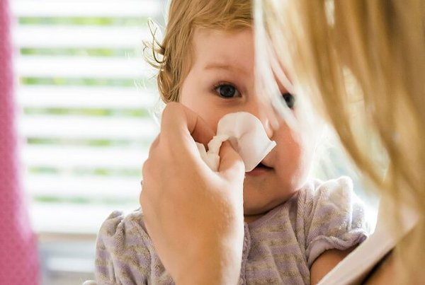 Cara Mengatasi Pilek Pada Bayi Secara Alami