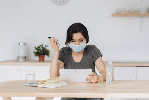 3 Bisnis Online yang Bisa Moms Coba Saat Self-Quarantine