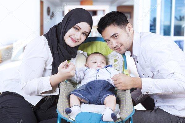 Lebaran #DiRumahAja? Ini 7 Etika yang Wajib Moms Perhatikan