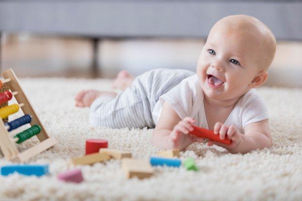 6 Permainan Bayi yang Bisa Meningkatkan Kemampuan Otak dan Otot