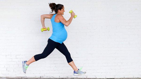 Ibu Hamil Boleh Olahraga Lari? Ini 6 Catatannya!