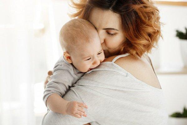 6 Makna di Balik Rewel Bayi, Moms Sudah Tahu?
