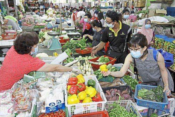 Sering Belanja ke Pasar? Begini 5 Tips Mencegah Risiko Tertularnya Virus COVID-19