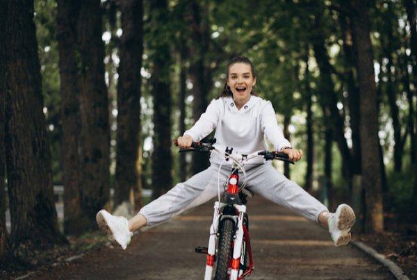 Lagi Hits! Ternyata Ini 5 Manfaat Bersepeda Bagi Wanita