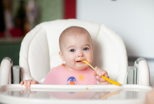 Resep MPASI: Puree Buah untuk Bayi (6 Bulan ke Atas)