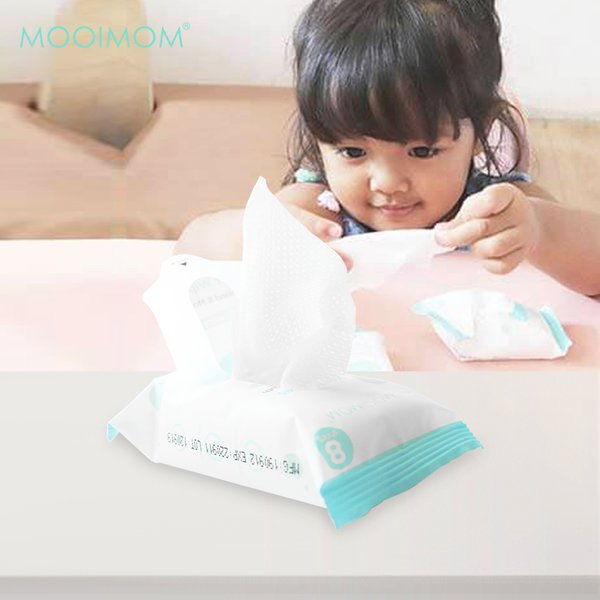MOOIMOM Wet Wipes (8 Pack isi 64 Lembar)
