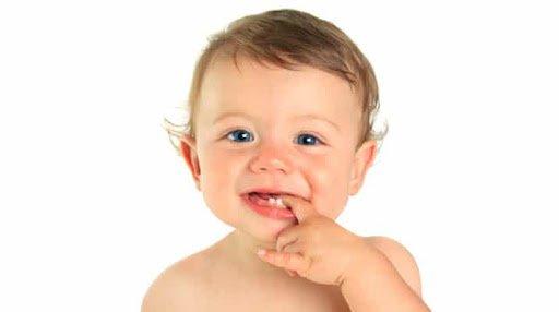 Bayi Baru Lahir Memiliki Gigi, Normalkah ?