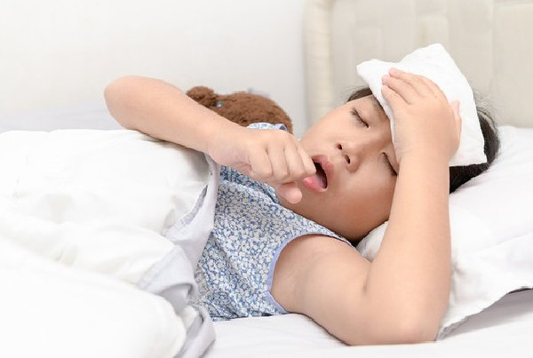 Kelelahan dan Sakit Kepala Menjadi Gejala COVID-19 pada Anak? Simak di Sini