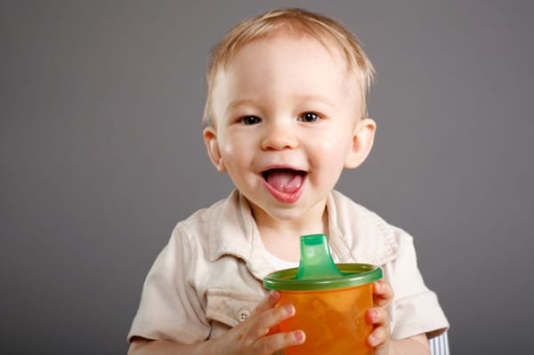Tips Memberikan Jus Buah untuk Bayi, Alternatif MPASI yang Sehat