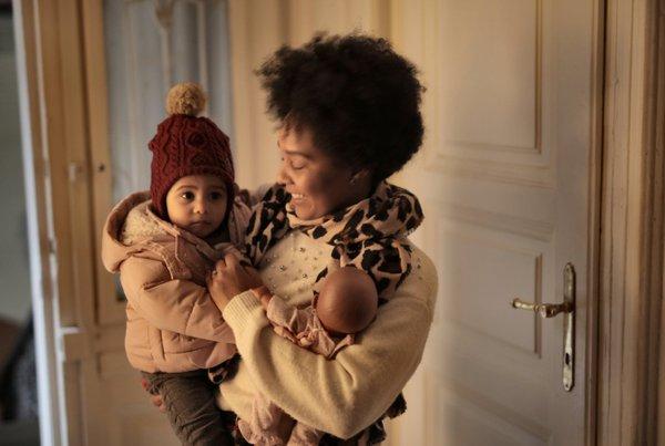 Ini Akibat Fatal Jika Salah Memakai Gendongan Bayi