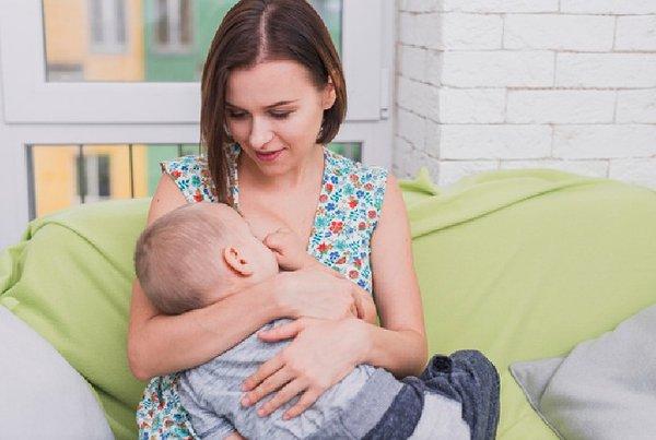 6 Cara Memperbanyak ASI, Coba Yuk Moms!